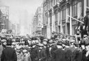 A black and white photo of Petticoat Lane Market in history on a busy day in Whitechapel, East London, 1920.